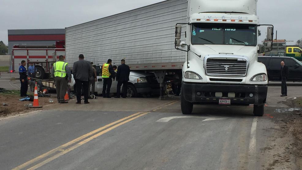 Crash With an 18-Wheeler Leaves One Man Injured