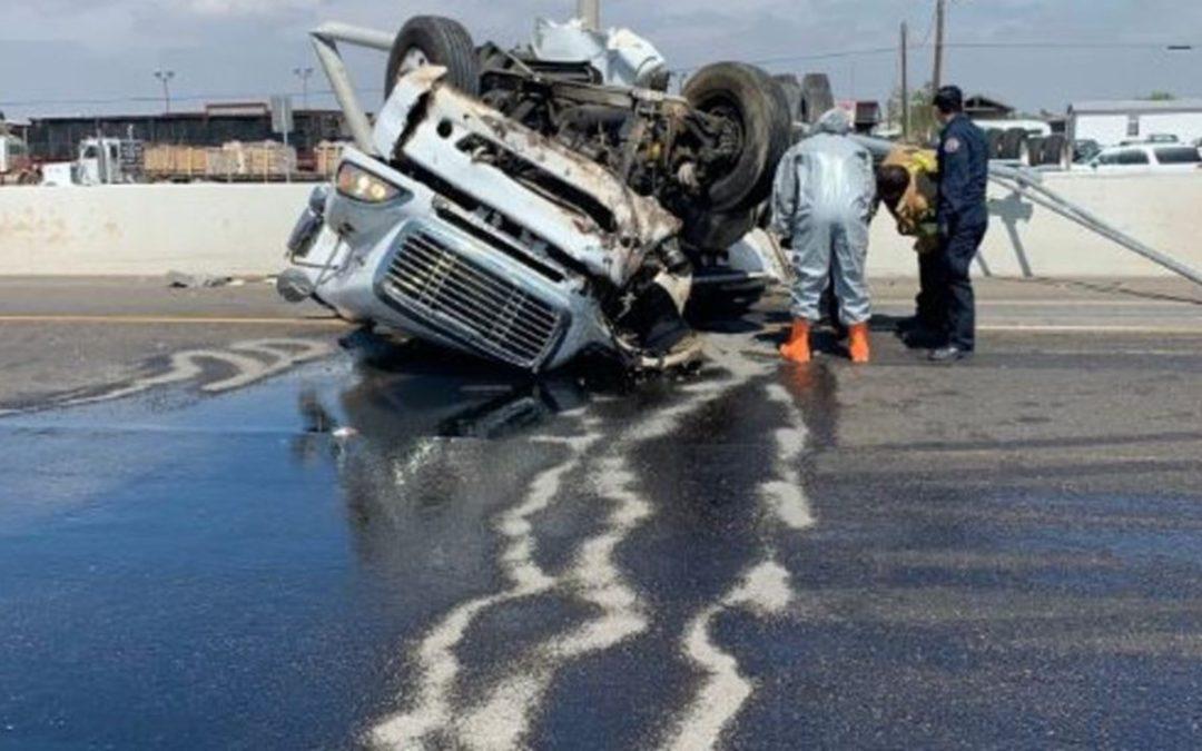 18-Wheeler Accident Near Alamo Shuts Down Expressway